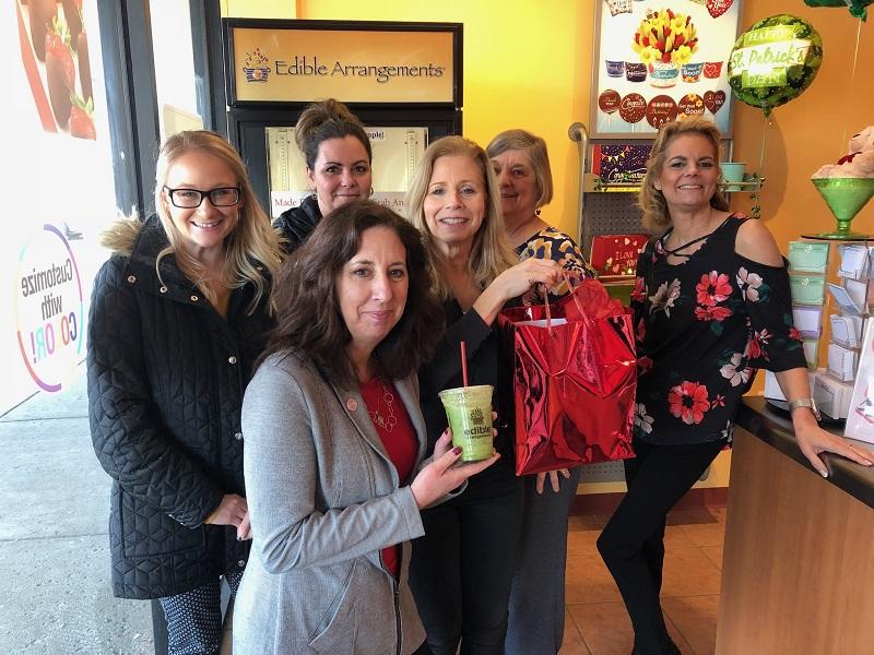 Ambassadors visit Edible Arrangements for We Thank You Wednesday