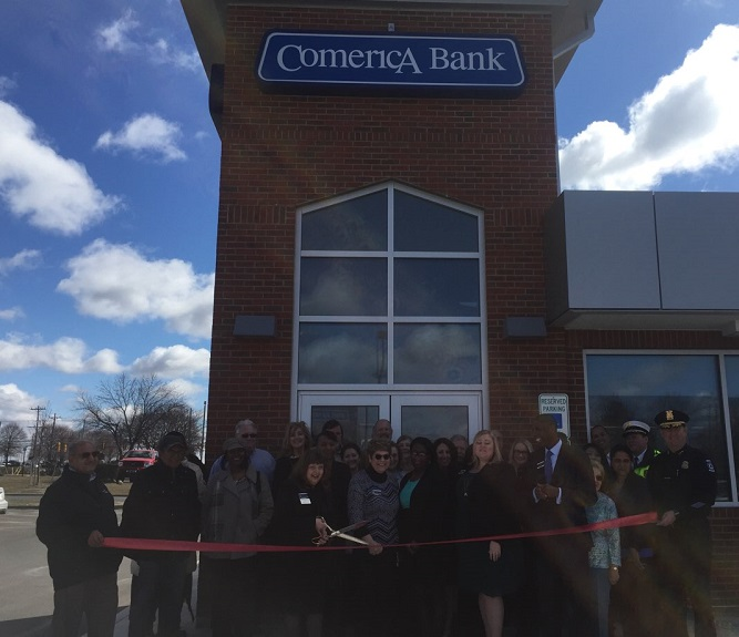 Ribbon Cutting Celebration at Comercia Bank – Novi
