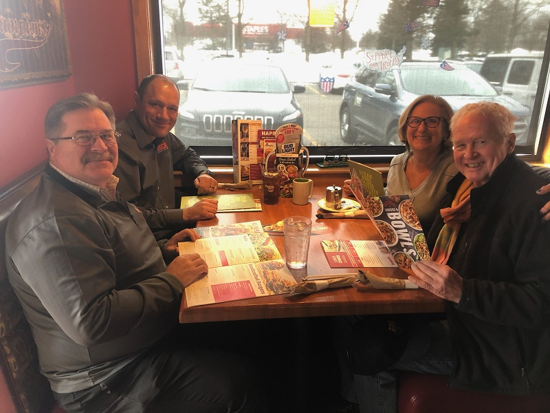 Spotlight Lunch at Applebee's Bar & Grill Commerce Township